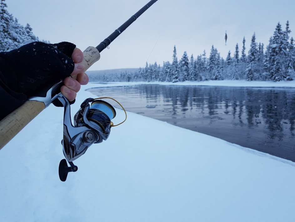 River trout fishing in the winter with Anders Svalstad